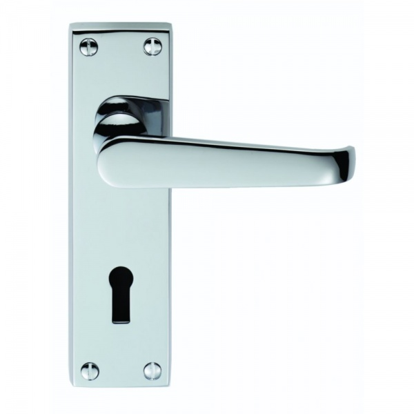 Classical Victorian Polished Chrome Lever on Backplate Door Handle (Euro 47.5c/c)