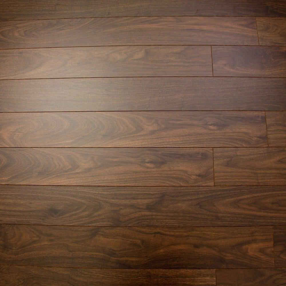 Balterio estrada 8mm select walnut ac4 laminate flooring for Balterio laminate flooring
