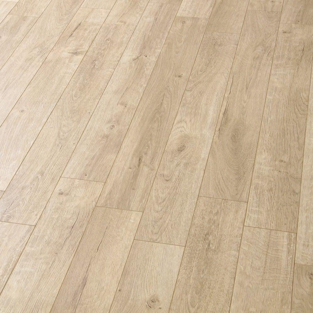 Balterio estrada 8mm tundra oak ac4 laminate flooring for Balterio laminate flooring