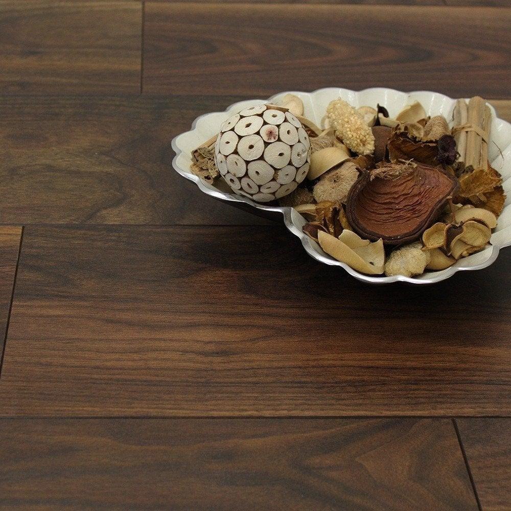 Balterio quattro 12mm black walnut ac4 laminate flooring for Quattro 12 by balterio