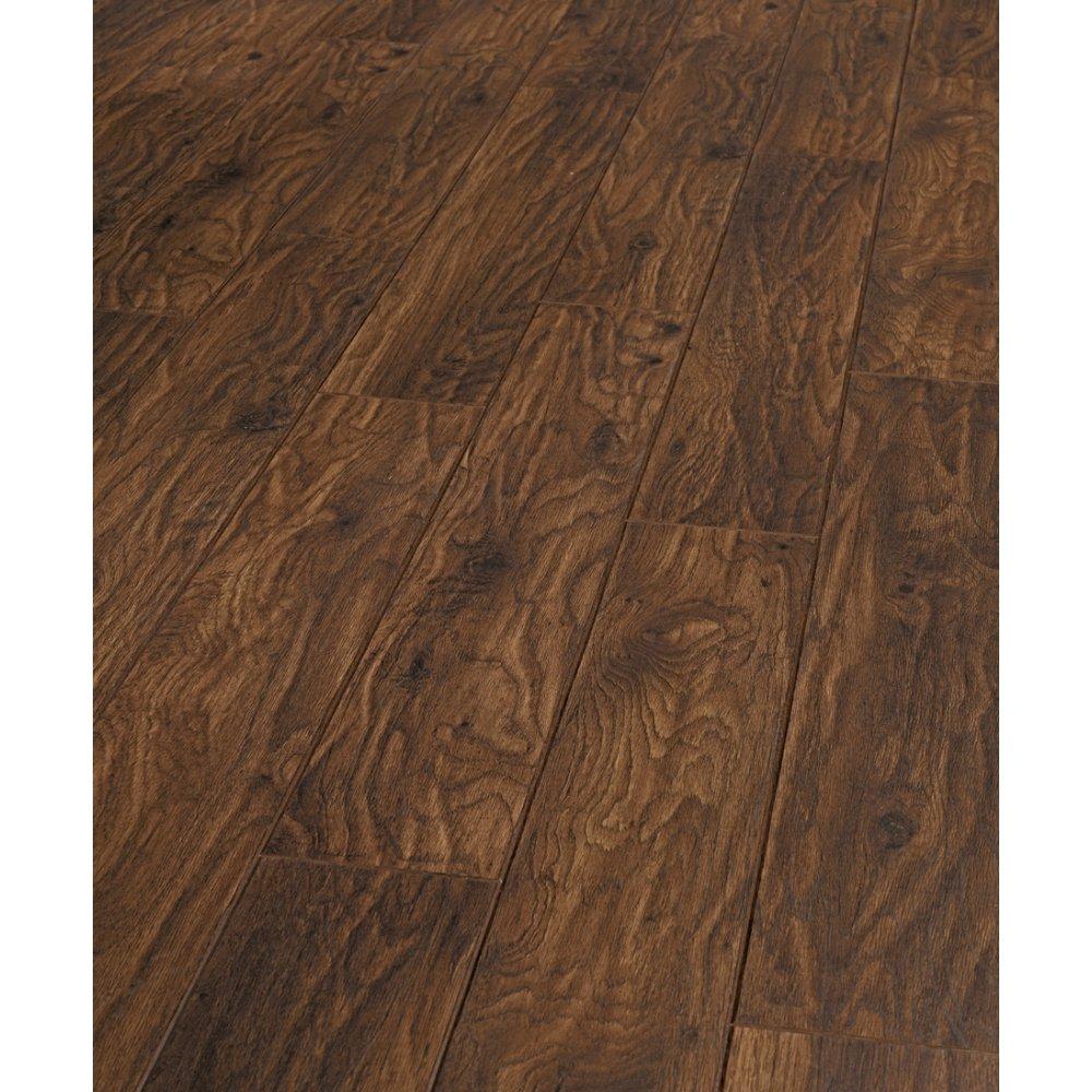 Balterio tradition sapphire prestige oak 4v groove for Balterio laminate flooring