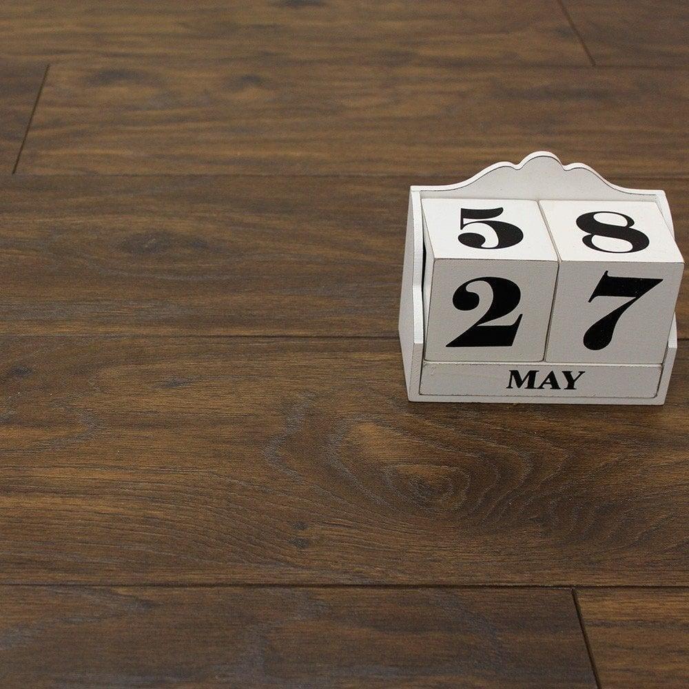 Balterio quattro 12mm prestige oak ac4 laminate flooring for Quattro 12 by balterio