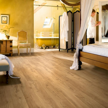 Quickstep Impressive 8mm Classic Oak Natural IM1848 Laminate Flooring
