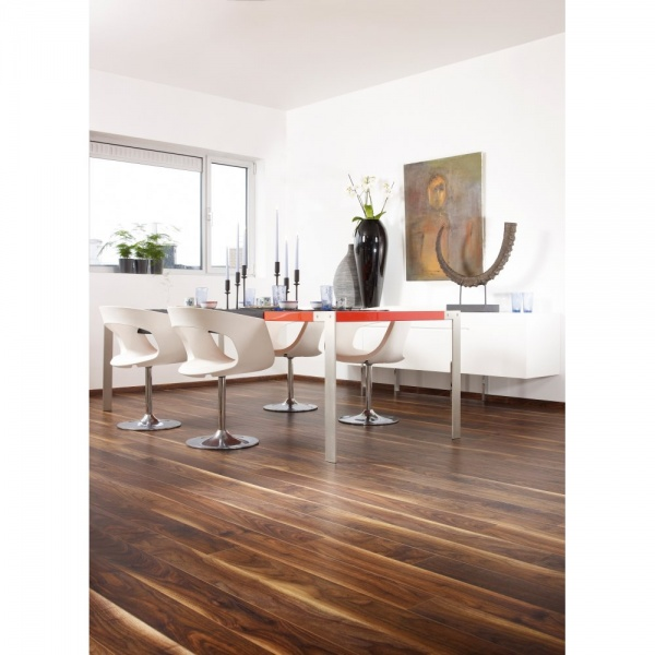 Balterio stretto black walnut laminate flooring at leader for Balterio black laminate flooring
